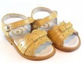 Sandalia velcro lacito